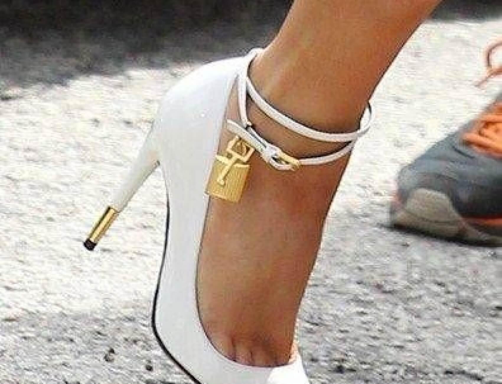 Beyaz Gelin Ayakkabısı Nasıl Olur