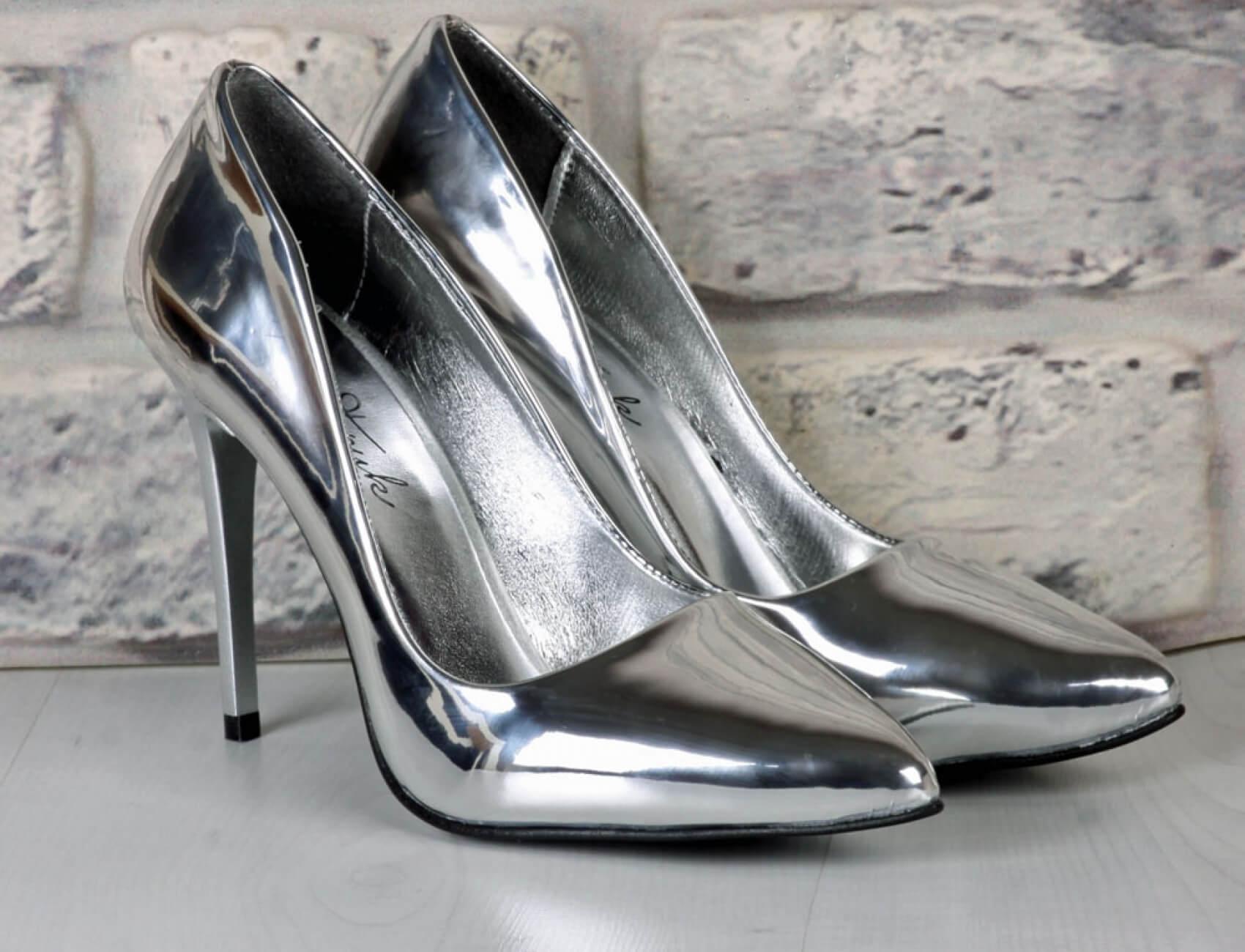 parlak lame topuklu ayakkabı